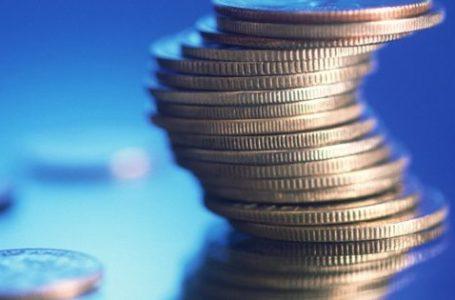 UPDATE 1-Sri Lanka boosts spending in price range targeting voters