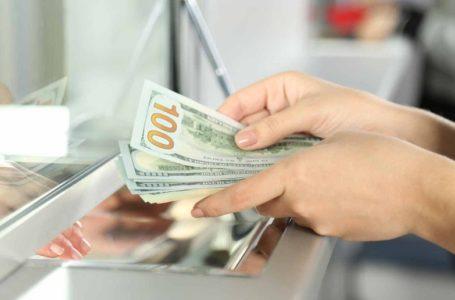 Banking quarter going through many challenges: Gadkari